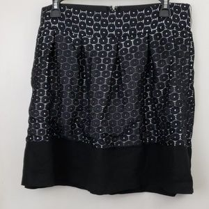 Maurice's black skirt with white lining lace look